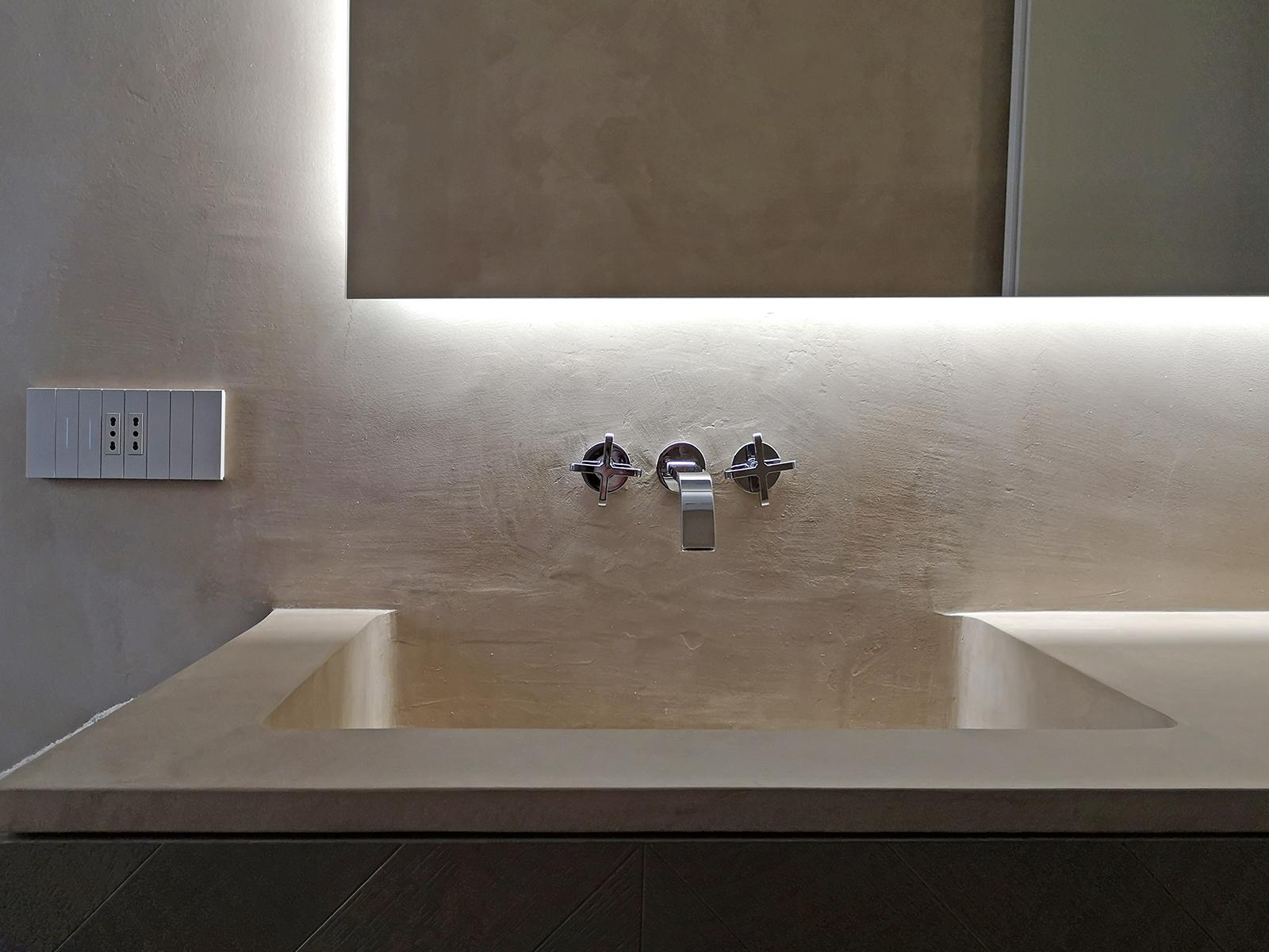 Resina Pareti Bagno Costi rivestimento in cemento per interni. dall'effetto marmo al