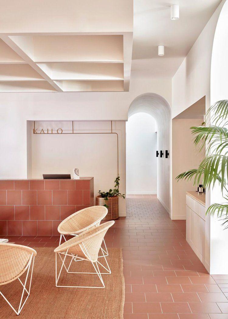 Colori Per Pareti Casa Moderna vecchi pavimenti scuri e in cotto: quali colori abbinare ad